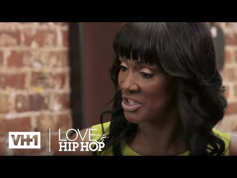 Momma Dee Can't Spell BITCH | Throwback Thursday | Love & Hip Hop: Atlanta