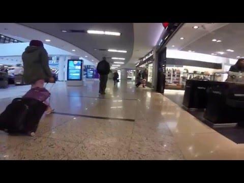 walking around the Frankfurt airport