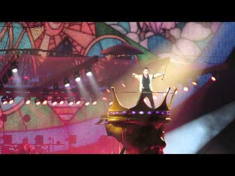 Robbie Williams - 10.07.2013 Gelsenkirchen - GOSPEL & BE A BOY