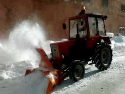 Навесной снегоуборщик для мотоблока – критерии.