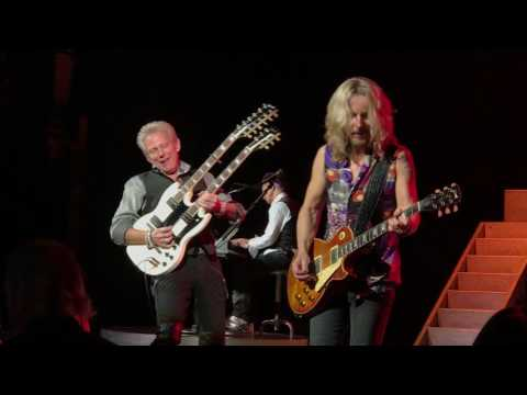 Styx and Don Felder - Hotel California (Ending guitar solos)