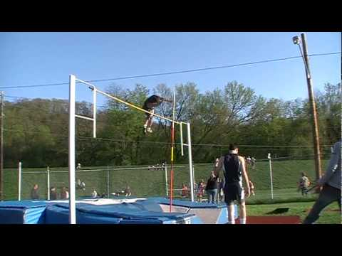 Shikellamy Pole vaulting vs Danville