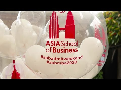 WELCOME TO KUALA LUMPUR - Asia School of Business Admit Weekend VLOG
