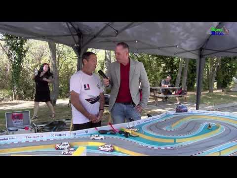 """La Rencontre : Alain Et Son Circuit De """"Slot Racing""""."""