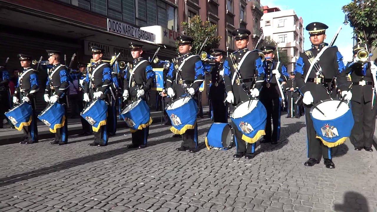 Escuela militar de ingenieros desfile 16 de septiembre for Escuela de ingenieros