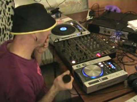 a talk through a mix on a pioneer cdj 800 and a cdj 200 youtube. Black Bedroom Furniture Sets. Home Design Ideas