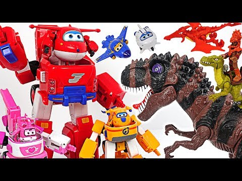 Terrible dinosaur appeared! Super Wings Jett's Super Robot Suit giant Transformers! Go! #DuDuPopTOY