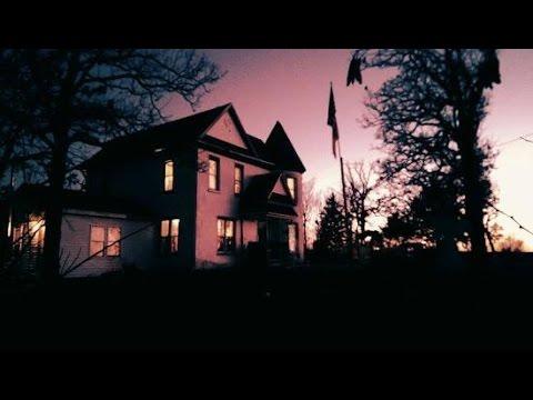 S01E04 The Castle House