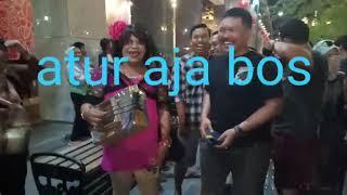 Download Wikwik Ambyar Pengamen Jogja Viral Atur Aja Bos Tiara Marleen