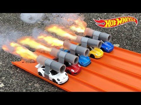 HOT WHEELS PORSCHE ROCKET POWERED RACE !!
