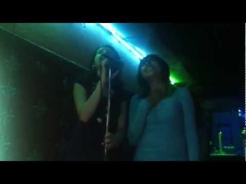 Maga & Rous en karaoke