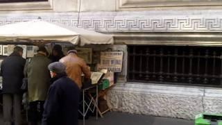 Mercatino filatelico della domenica di Via Cordusio a Milano