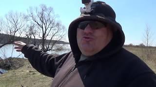 Весенняя рыбалка на донки на пенопласт и червя с бойкими поклевками