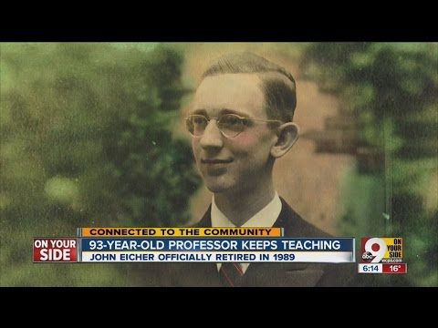 93-year-old Miami University professor keeps teaching