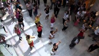 Танцевальный флешмоб сальса Europark.