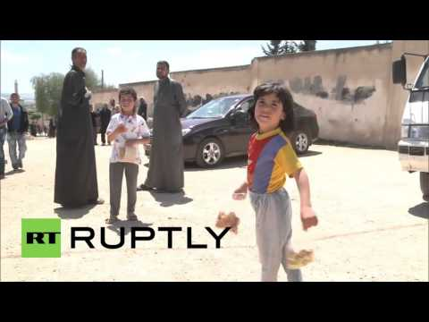 Syria: Russian troops deliver four tonnes of humanitarian aid to Jinan