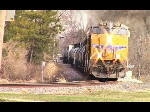 Head-on look at UP mixed freight on Jewell Sub in Ames, Iowa