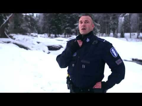 Oulun poliisi onnittelee satavuotiasta Suomea