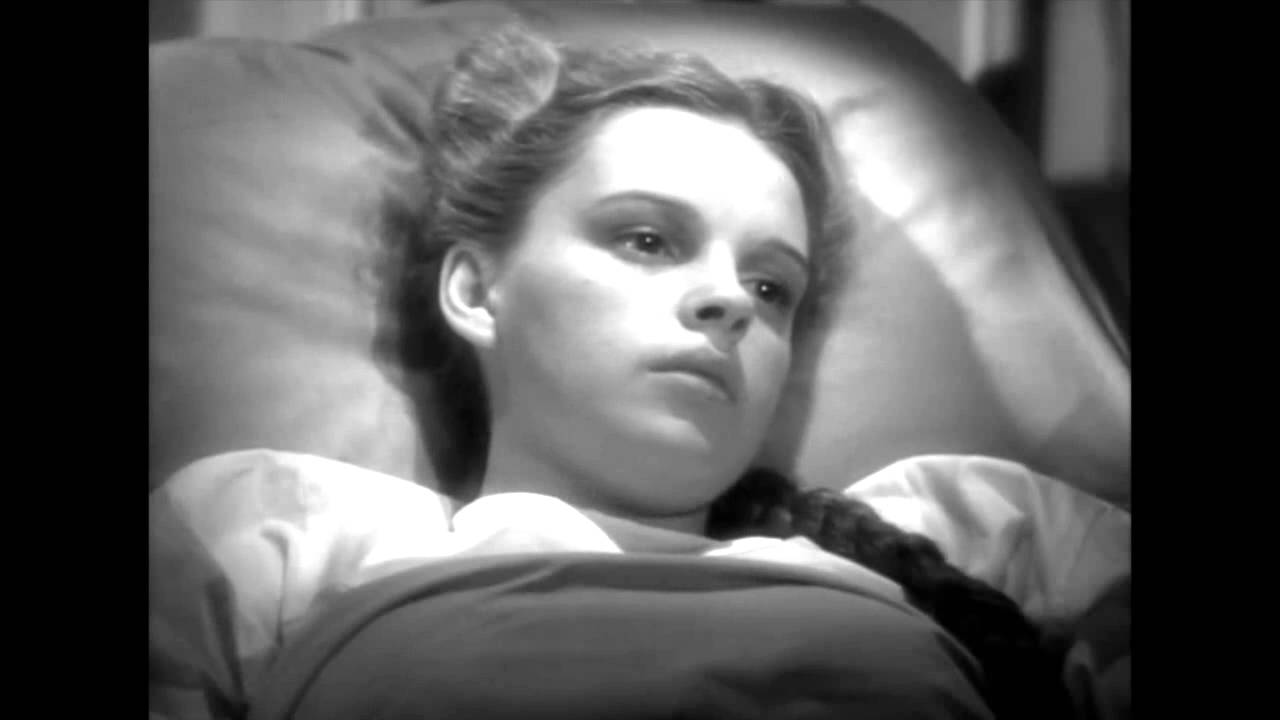 Judy Garland S Death Scene Little Nellie Kelly Youtube