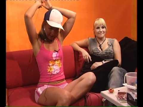 Iida alasti juontaja chat TV