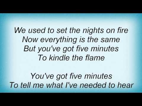 Lorrie Morgan - Five Minutes Lyrics