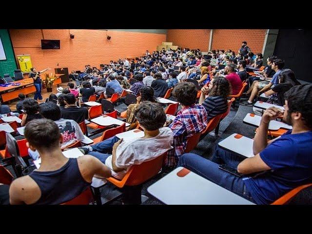 ANDES-SN denuncia ataques à autonomia universitária e à comunidade acadêmica durante audiência