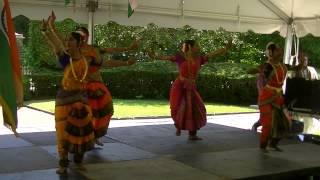 Jathiswaram dance in the Bharata Natyam style