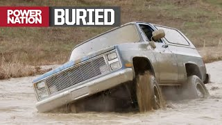 supercharged-89-k5-square-body-searches-for-a-mud-hole-truck-tech-s6-e3