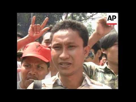 INDONESIA: JAKARTA: PRO DEMOCRACY DEMONSTRATION