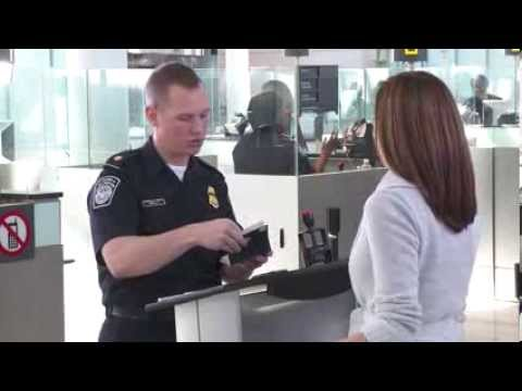 Automated Passport Clearance At Toronto Pearson Youtube