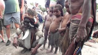 матрешка для вождя племени Дани(Папуа)