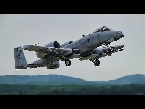 USAF A-10 Warthogs Show Off In Slovakia