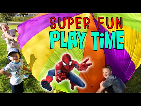 Spiderman Rocket Launcher, Parachute & Picnic at the Park