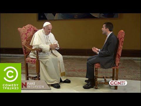 Saverio Raimondo: Intervista (finta) a Papa Francesco - CCN - Comedy Central