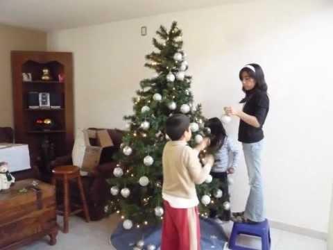 Como poner un arbol de navidad youtube for Como poner un vivero