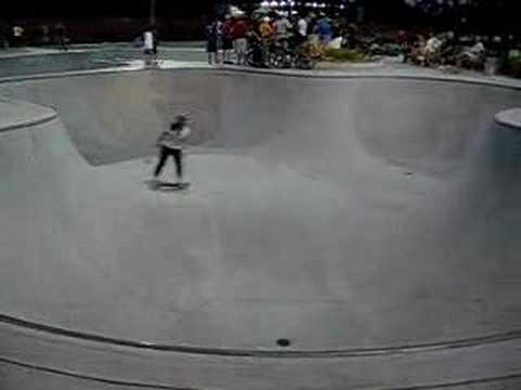 Duncan Creek Skate Park - Girl skater - YouTube 021e7ecc1c3