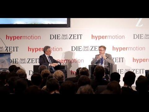 Der Vorstandsvositzende der Deutsche Post DhL Group, auf der 5. ZEIT KONFERENZ Logistik & Mobilität