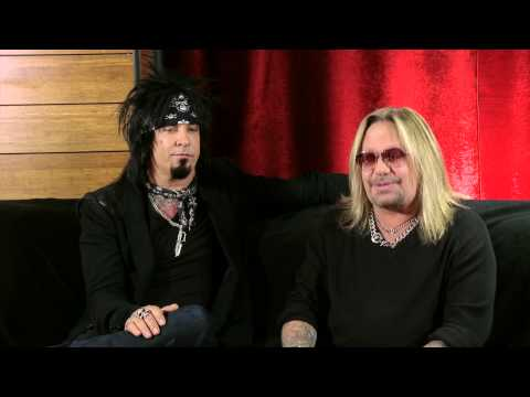 """Mötley Crüe On Justin Moore's """"Home Sweet Home"""""""