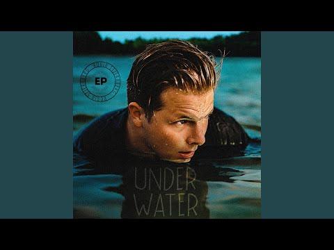 Under Water Mp3