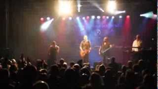 "A Foreigner's Journey perform Journey's ""Don't Stop Believin"" live ..."