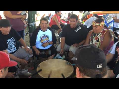 Motown at L.C.O. Honor the Earth pow wow 2017