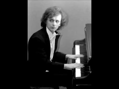 Janusz Olejniczak plays Chopin Polonaises