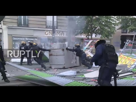 France: Water cannon unleashed as Paris May Day turns into mayhem