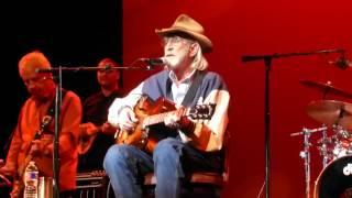 Don Williams - I Recall a Gypsy Woman (Houston 11.13.14) HD