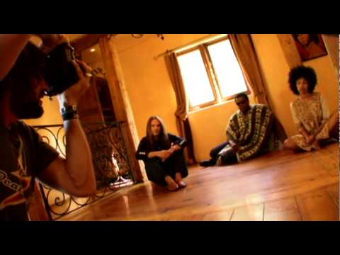 Earl greyhound photoshoot at jim morrison 39 s house youtube for Jim s dog house