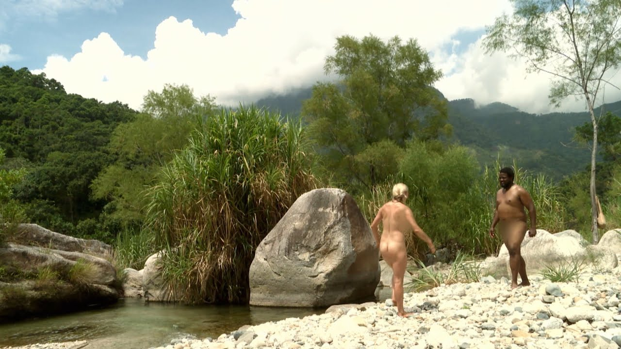 naked-and-afraid-costa-rica-uncensored-nude-girl-selfie-pussy
