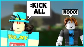 HOW TO KICK PEOPLE IN WELCOME TO BLOXBURG ON ROBLOX! (NEW!)
