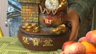 Смотреть видео аквариум с фонтаном