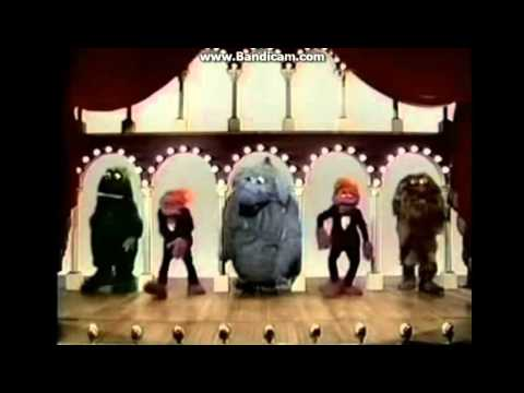 The Muppet Show Live Intro (2001)