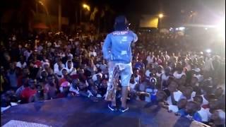 Performance Ya Chemical Kwenye Show Ya Rostam Dar Live Mbagala.